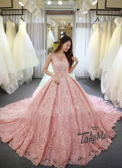 Свадебная фотосессия с прокатом платья