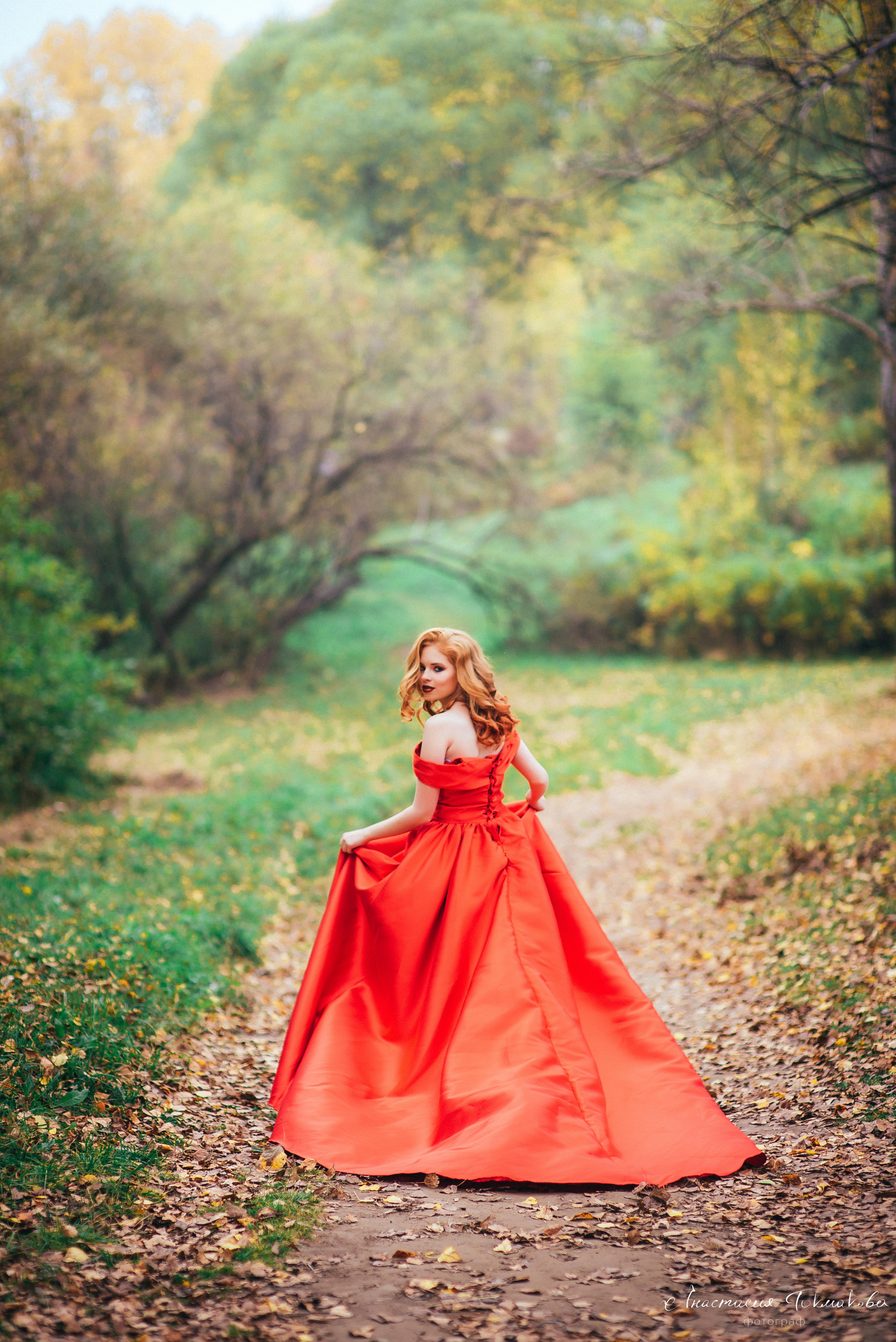 образование как красиво сфотографироваться в пышном платье жены есть брат